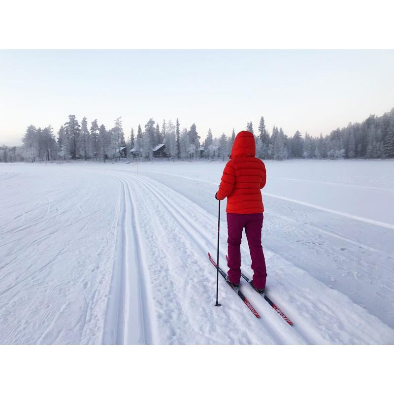 Bilde 2 fra Kathrin for Mountain Equipment - Women's Sigma Jacket - Dunjakke